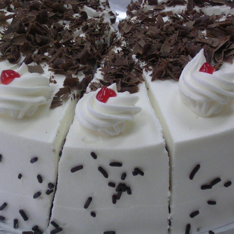 swiss-pastry-shop-bahamas-cake-01