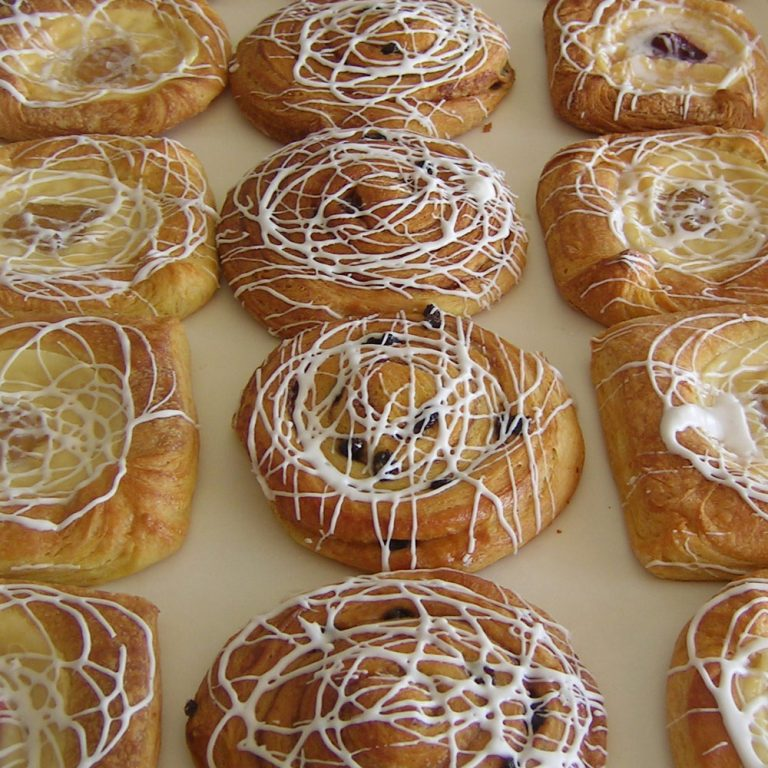 swiss-pastry-shop-bahamas-danishes