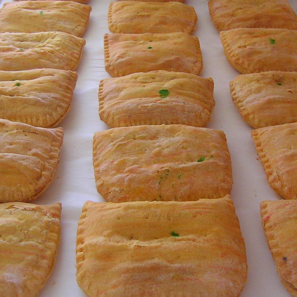 swiss-pastry-shop-bahamas-hot-patties