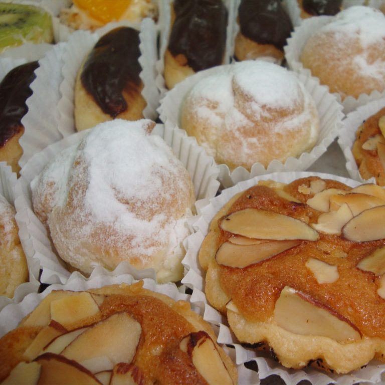 swiss-pastry-shop-bahamas-sample-pastries-01